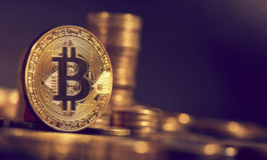 Bitcoin returns to US$57,000, market value surpasses Tencent more than 100,000 people lose their positions